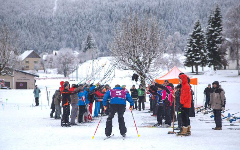 Un team building biathlon en anglais où l'esprit de cohésion par le sport trouve ça source.