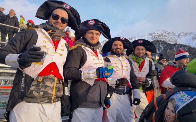 Un voyage de biathlon pour se déplacer sur une coupe du mode de biathlon au coeur de l'événement