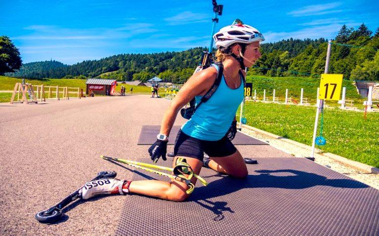 Stage de biathlon estival sur roulettes et stand de biathlon à 50m comme les vrais.